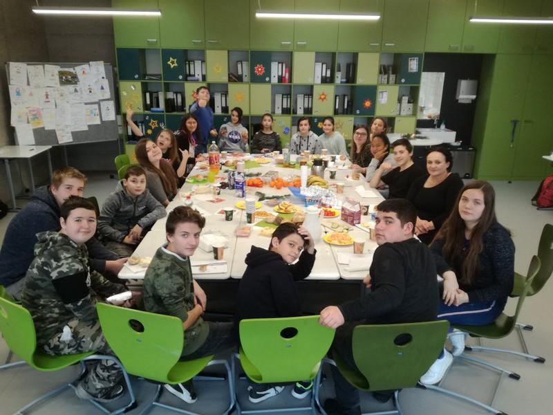 Foto VKL Unterricht gemeinsames Frühstück